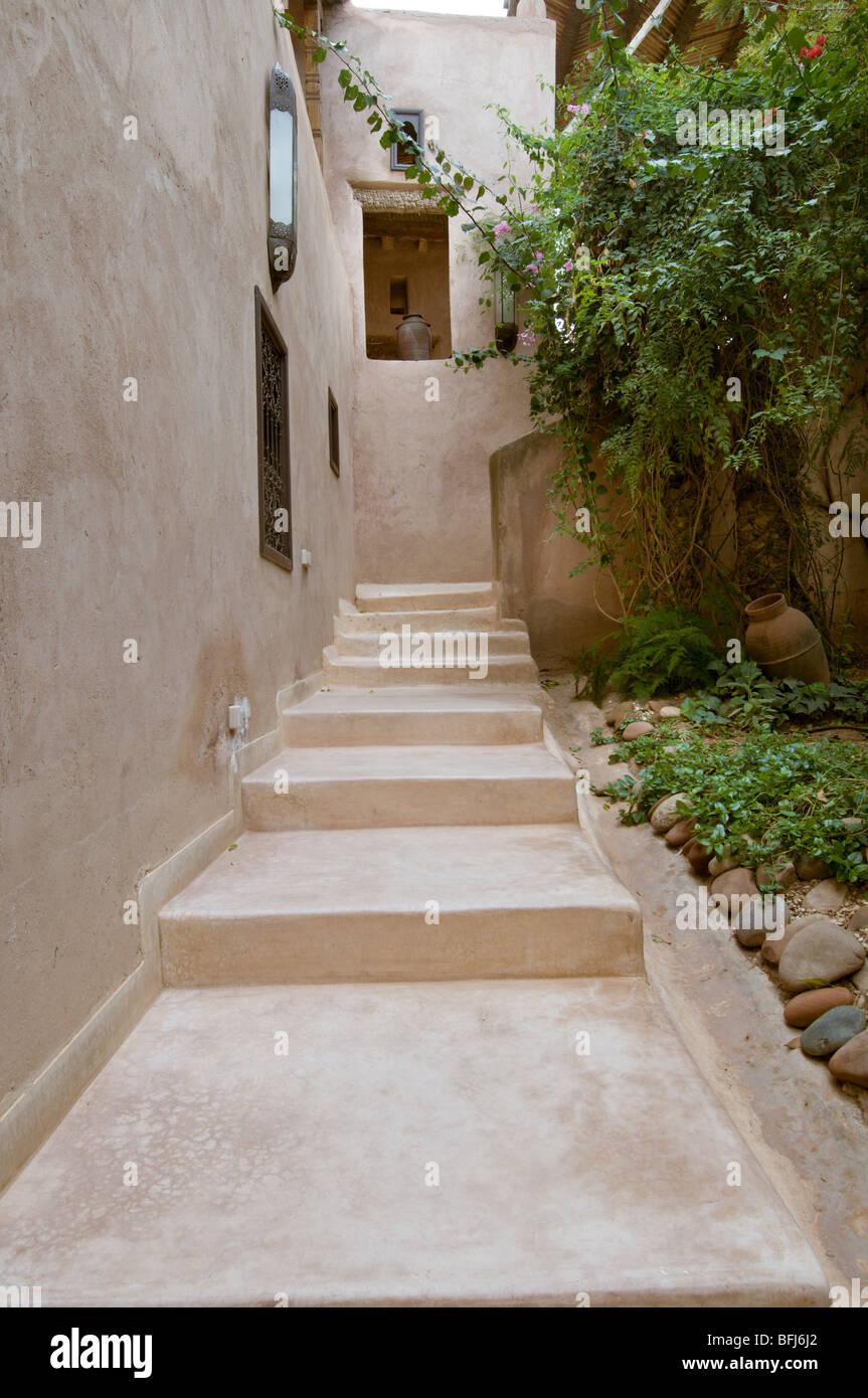 Marokko, Marrakesch, Treppen Aus Kalk Putz Ich Tadelakt Stockfoto