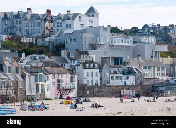 Tate In St Ives - Regionale Kunstgalerie Mit Blick Auf Porthmeor Beach Cornwall. Uk Stockfoto