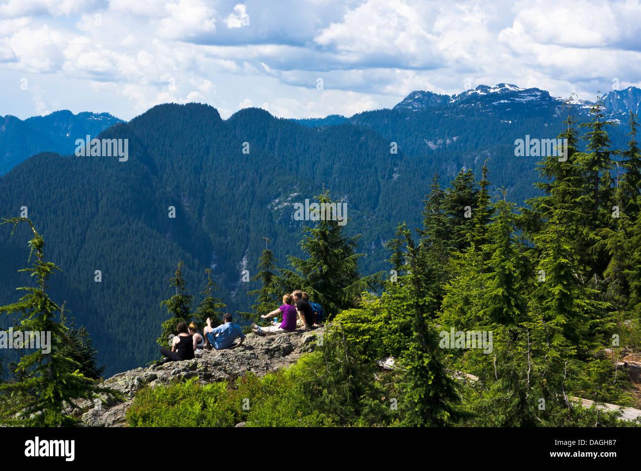 Grouse mountain and mount seymour ski hills were closed friday because of heavy rainfall. Dog Mountain Mount Seymour Provincial Park North Vancouver Britisch Kolumbien Kanada Stockfotografie Alamy