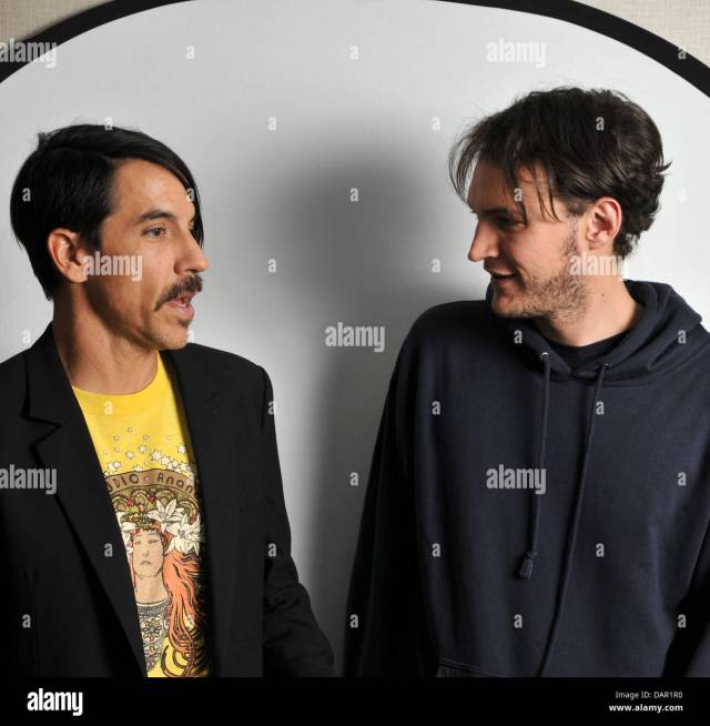 us-sänger anthony kiedis (l) und gitarrist josh klinghoffer
