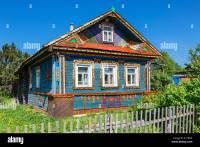 Russland, traditionelles Haus auf Goritsy Stockfoto, Bild ...