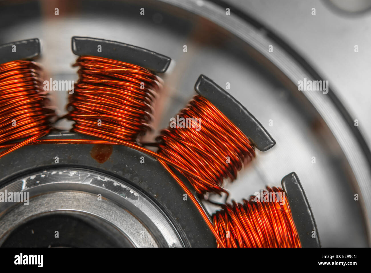 4 Bilder 1 Wort Roter Teppich Fans Gitarre Copper Wire Stockfotos And Copper Wire Bilder Alamy