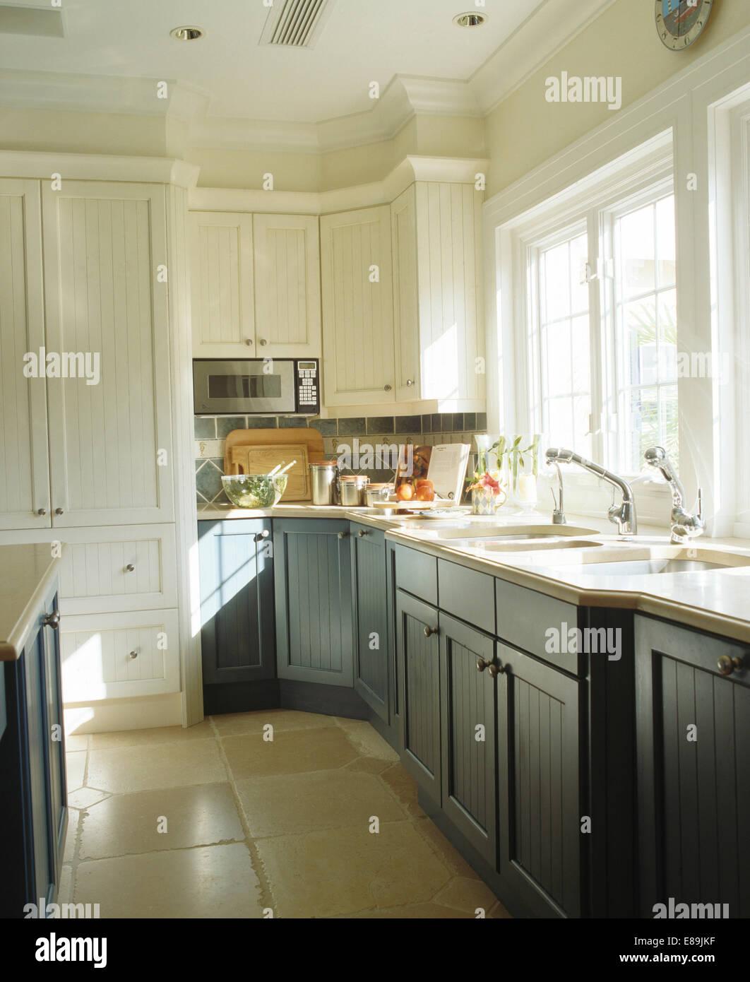 Fliesen Küche Boden | Küche Travertin Boden Küchenboden ...