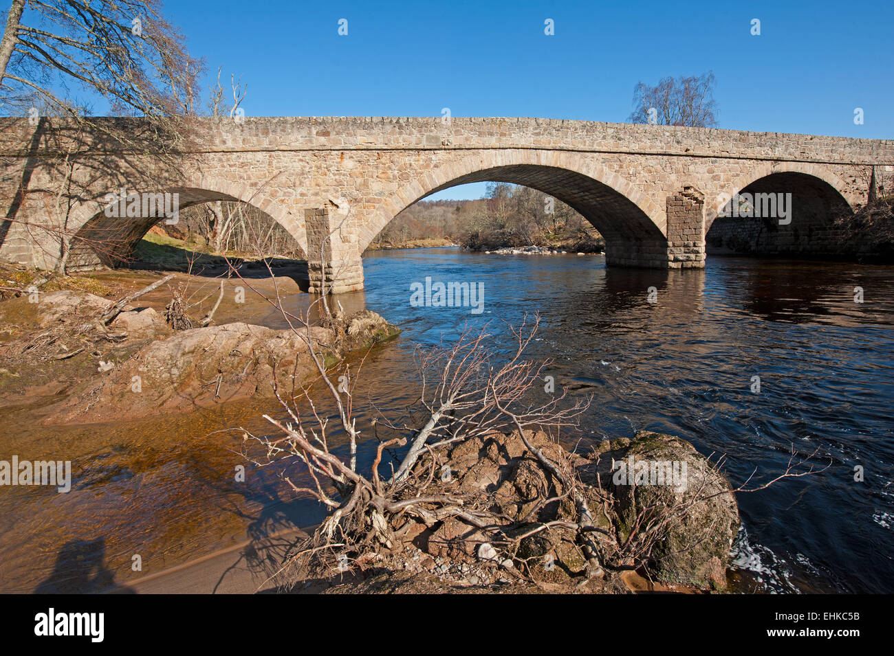 Der Magische Findhorn Garten 3 Arch Stone Bridge Stockfotos And 3 Arch Stone Bridge