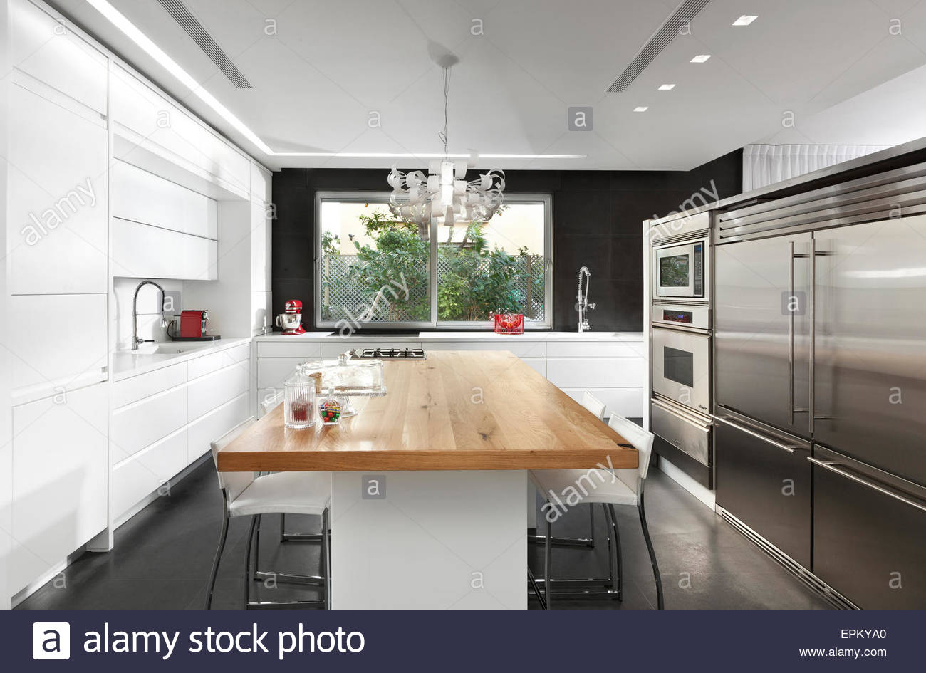 Moderne Kuchen Weiss Mit Holz Kuche Weiss Hochglanz Mit Holz