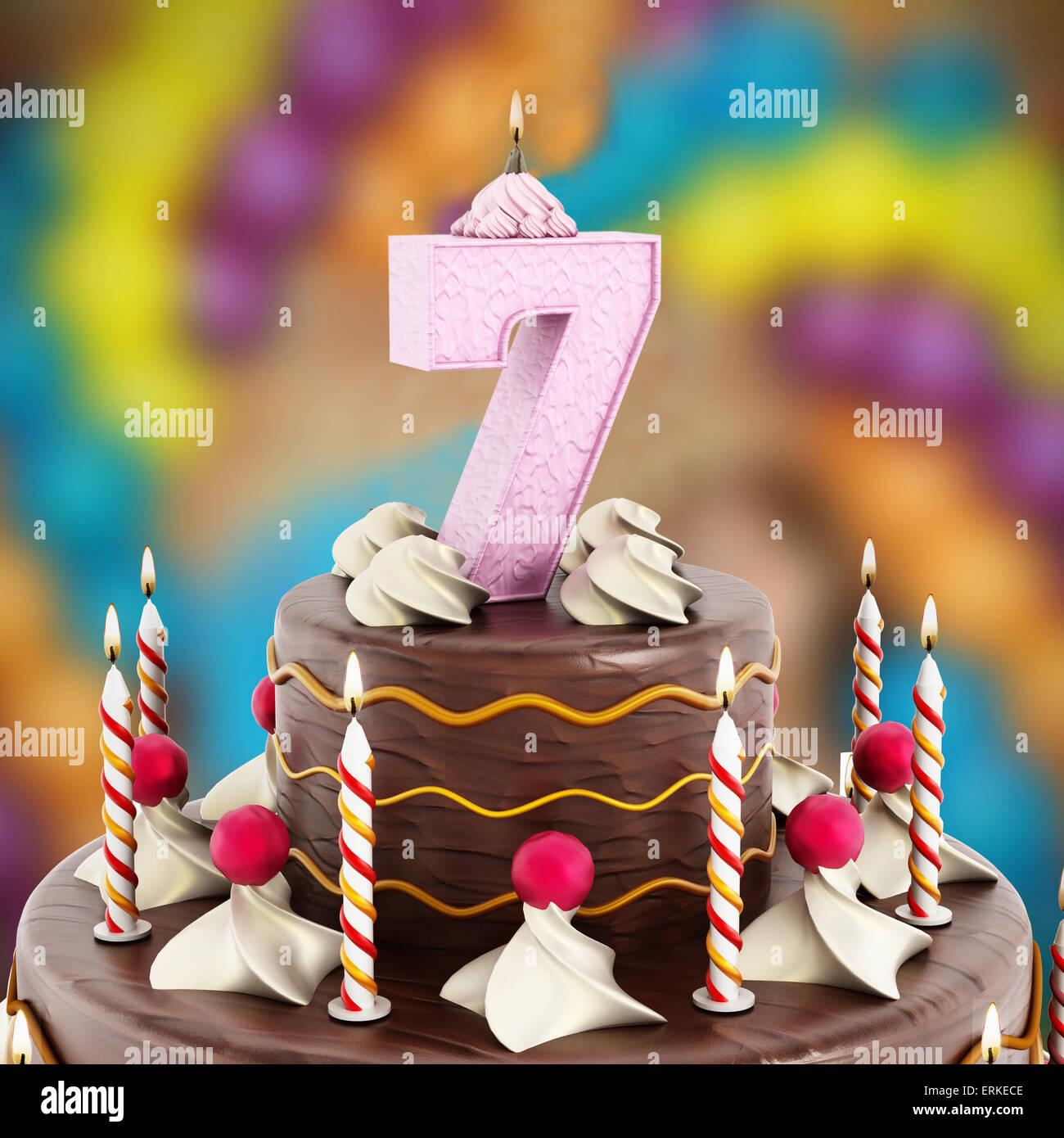Geburtstag Kuchen mit Nummer 7 beleuchtete Kerze Stockfoto