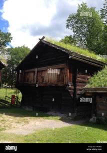 Traditional Norwegian Log Cabin Stockfotos &