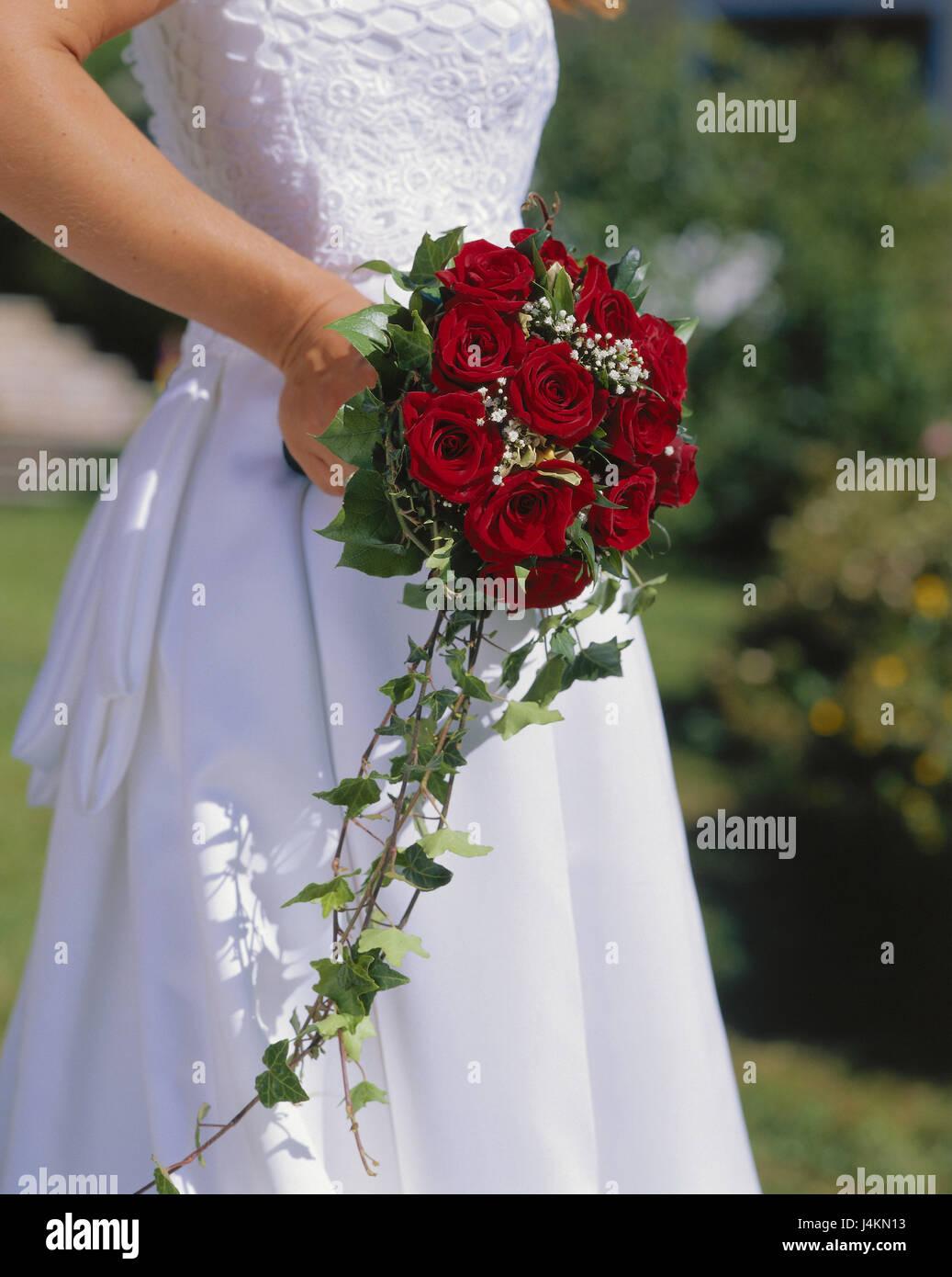 Hochzeit Braut Details Brautstrau Rosen rote Anlass