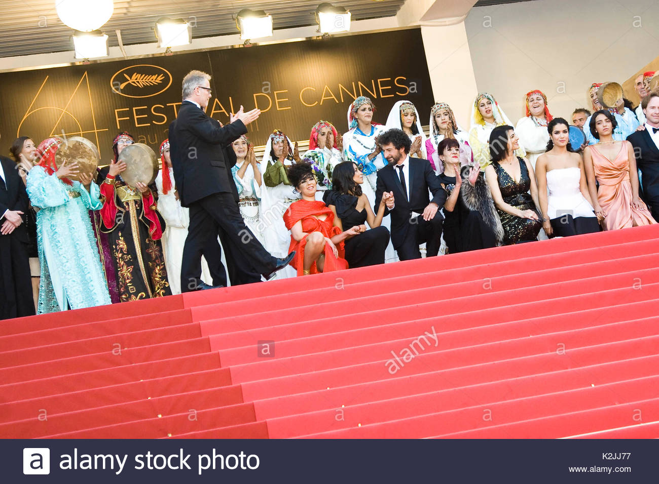 Roter Teppich Cannes 2017 Hafsia Herzi Stockfotos And Hafsia Herzi Bilder Alamy