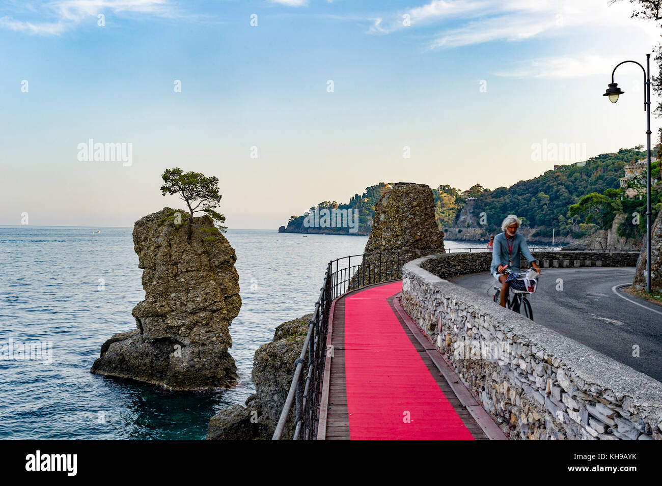 Roter Teppich In Ligurien Red Carpet Stockfotos And Red Carpet Bilder Alamy