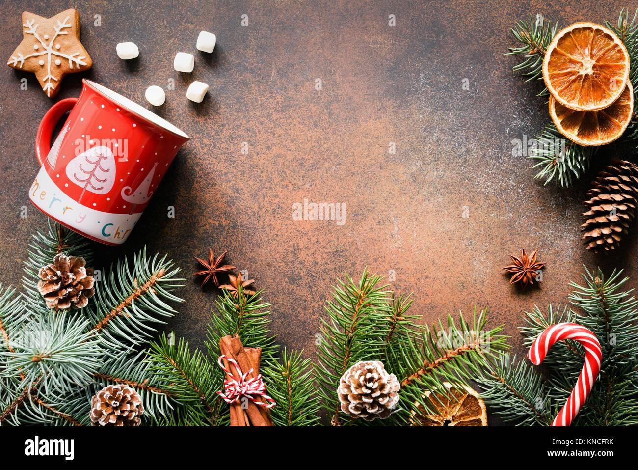 Weihnachten oder Neujahr Rahmen mit Tannenbaum
