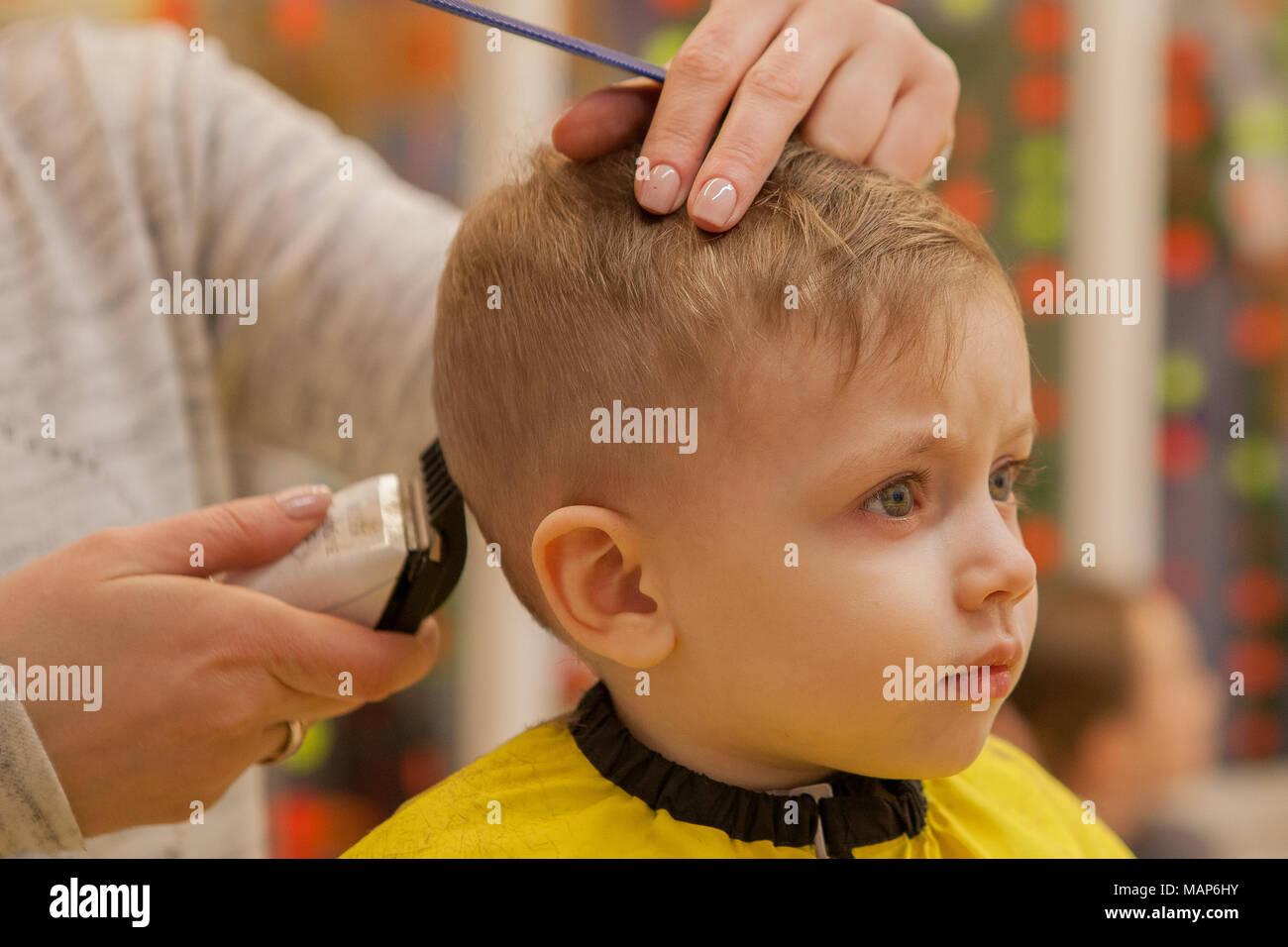 Welcher Haarschnitt Fur Kleine Frauen