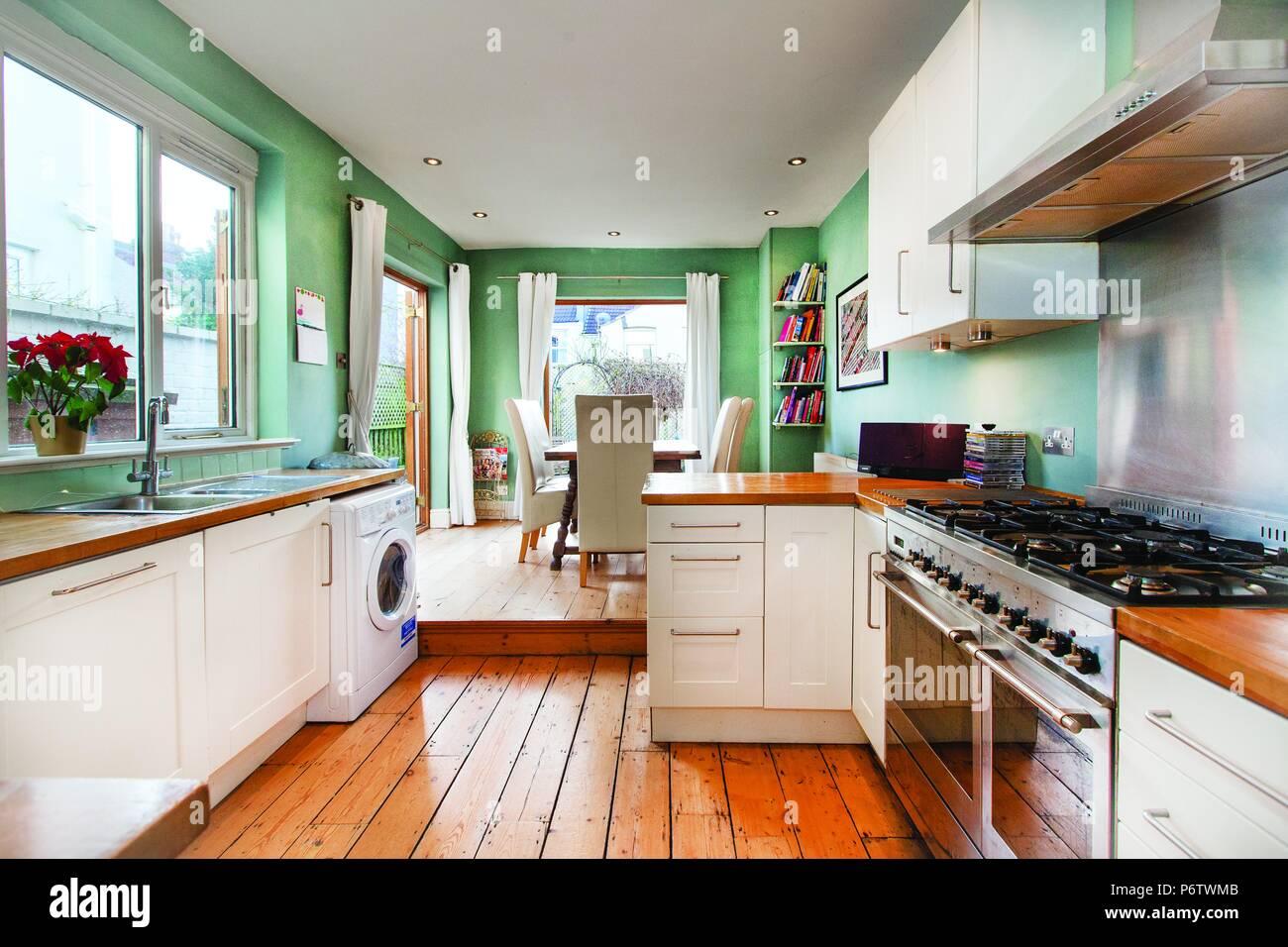 k che auf englisch wasserfilter kuche wasseraufbereitung leitungswasser. Black Bedroom Furniture Sets. Home Design Ideas