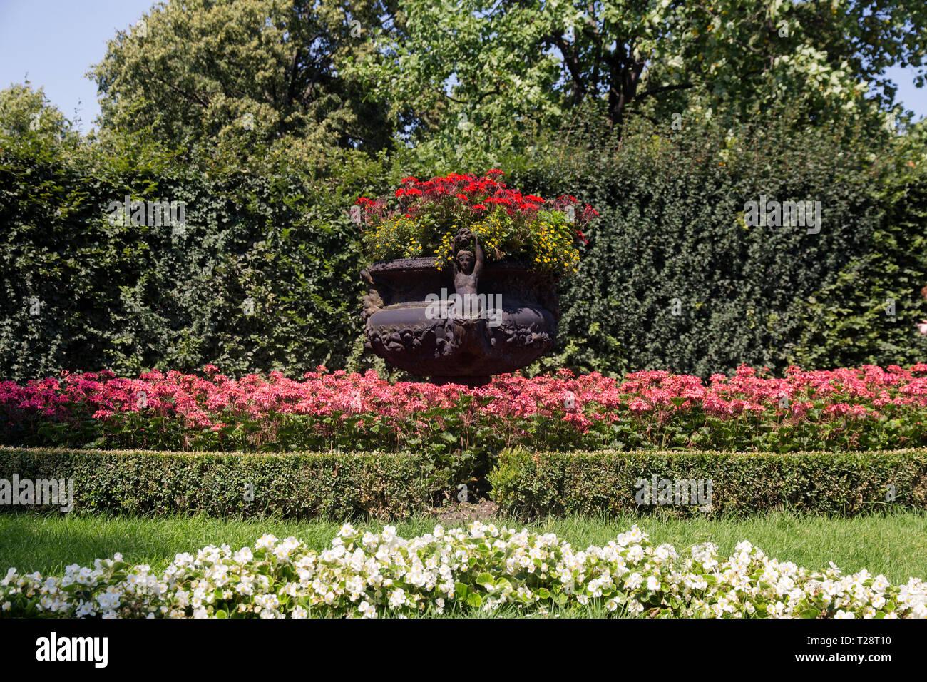Schöne Gärten Zum Besichtigen Die Schönsten Schloss Gärten Der
