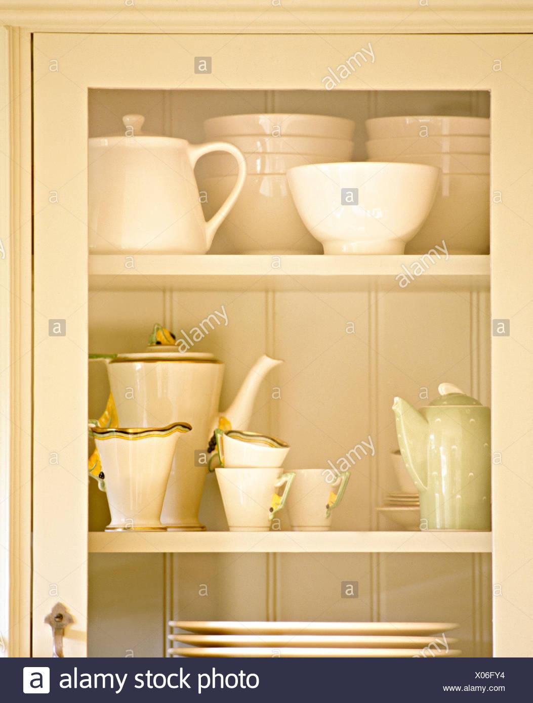 Küchenschrank Glastür | Cupboard Stockfotos And Cupboard Bilder Alamy