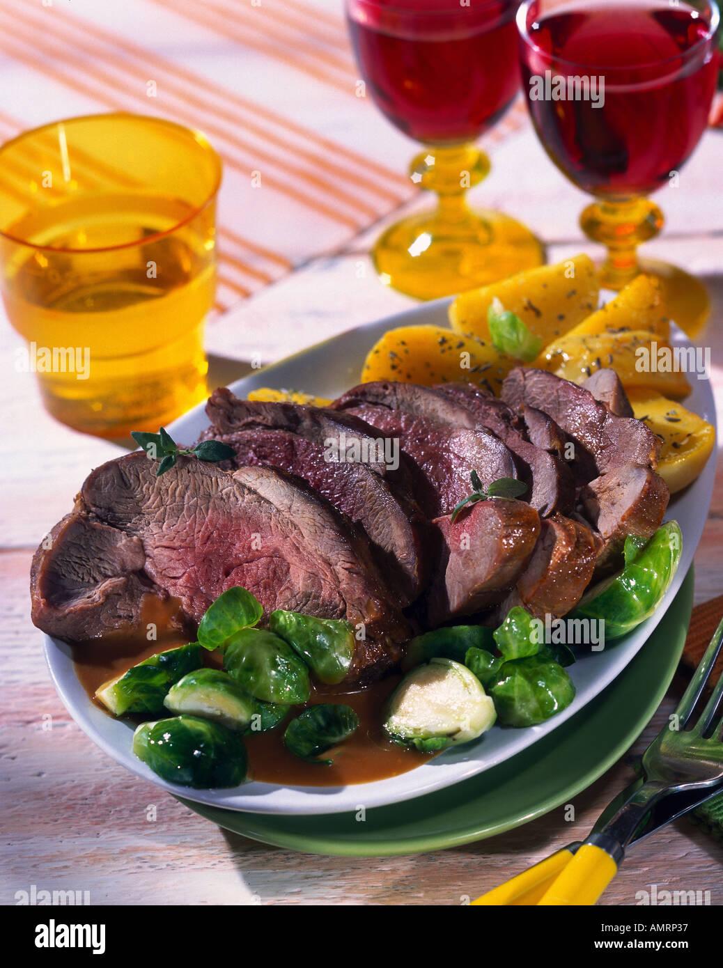 Roti De Sanglier Au Vin Rouge : sanglier, rouge, Rôti, Sanglier, Marinade, Photo, Stock, Alamy