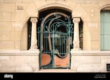 France Paris 16e 14 Rue La Fontaine Castel Ranger