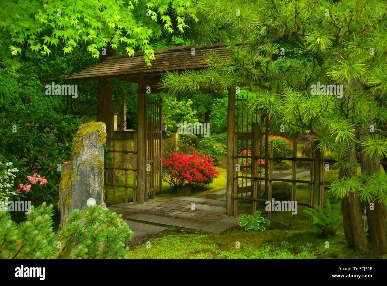 Porte De Jardin Japonais | Réalisations Auroral Portes Et Fenêtres
