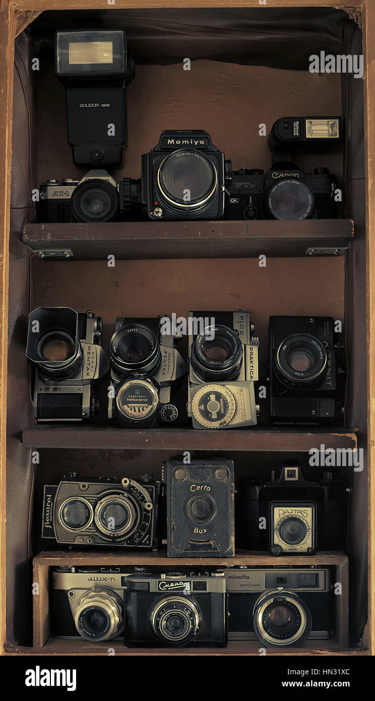 https www alamyimages fr photo image old vintage collection appareil photo 133447732 html