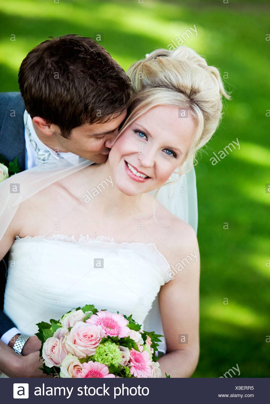 Faire L Amour Par Derrière : faire, amour, derrière, Faire, Place, Marié, Mariée, Baiser, Derrière, Photo, Stock, Alamy