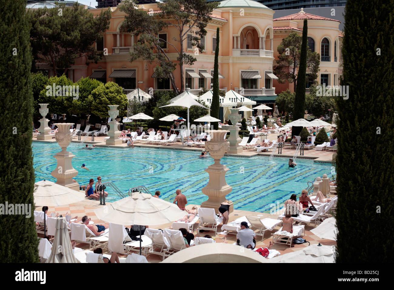 Piscina al Bellagio Hotel Las Vegas Foto  Immagine Stock 25249074  Alamy