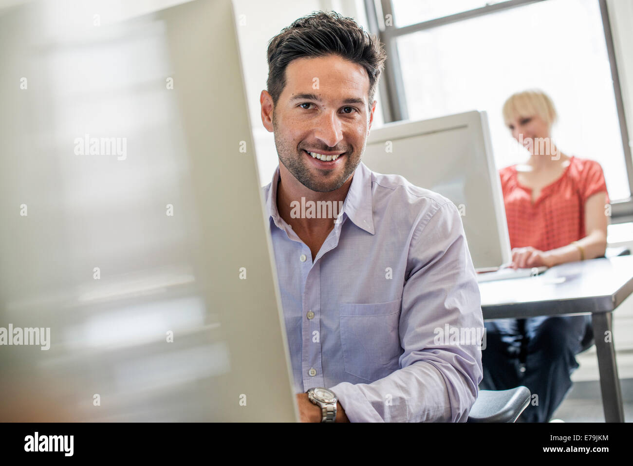 Two People Immagini  Two People Fotos Stock  Alamy