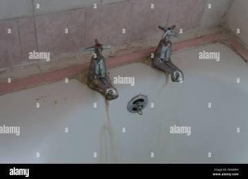 Vasca Da Bagno Otturata Rimedi : Bagno intasato in inglese residence terra rossa taormina