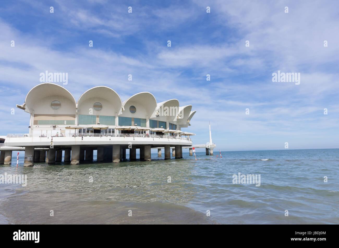 La terrazza a mare un simbolo della citt di Lignano