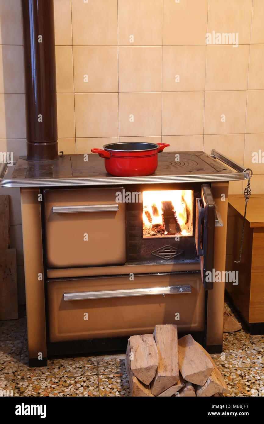 Cucina Di Montagna   Cucine Per Case Di Montagna Le Migliori Idee ...