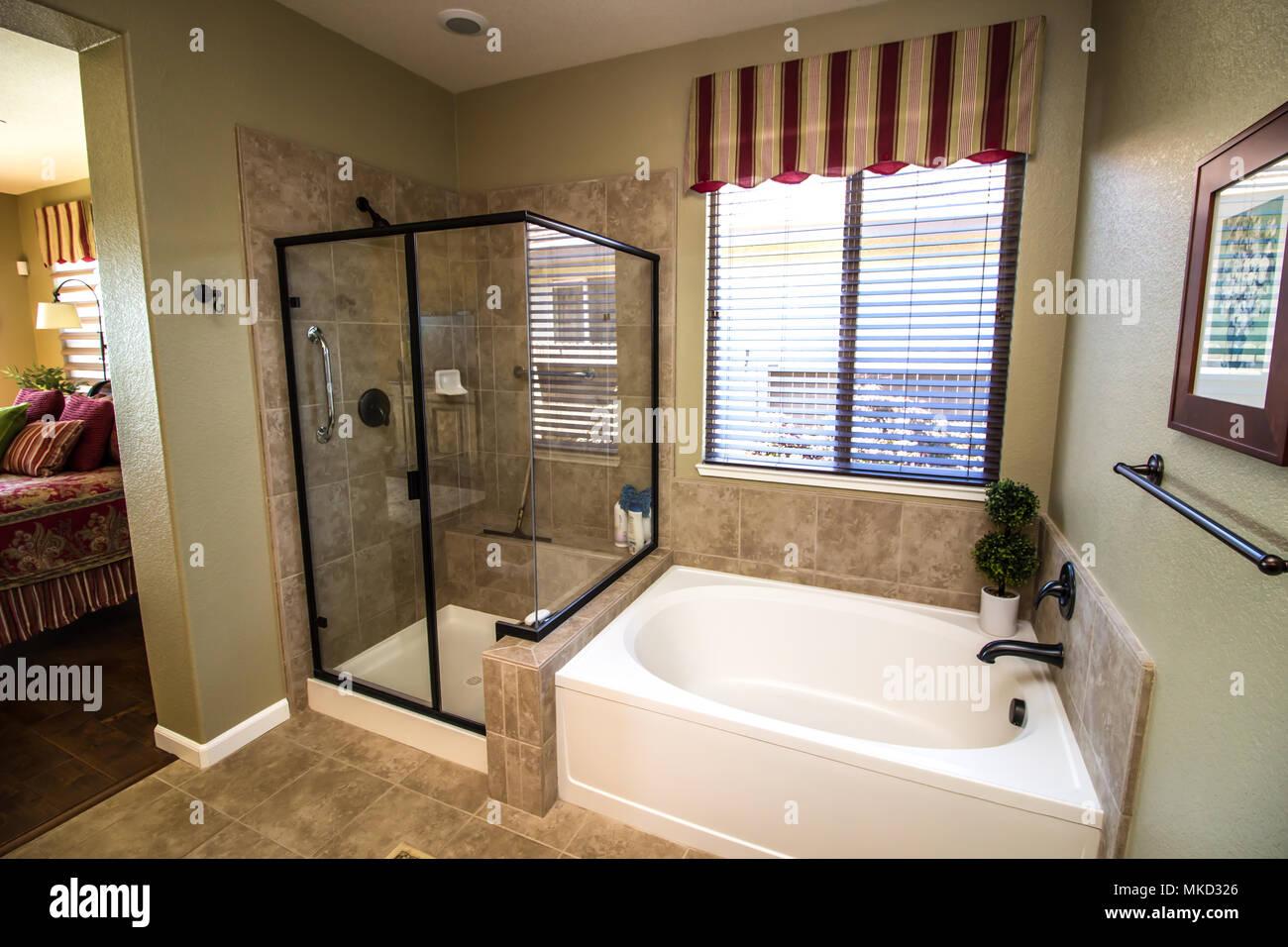 Vasca Da Bagno Otturata : Bagno padronale con vasca e doccia docce e vasche da bagno com