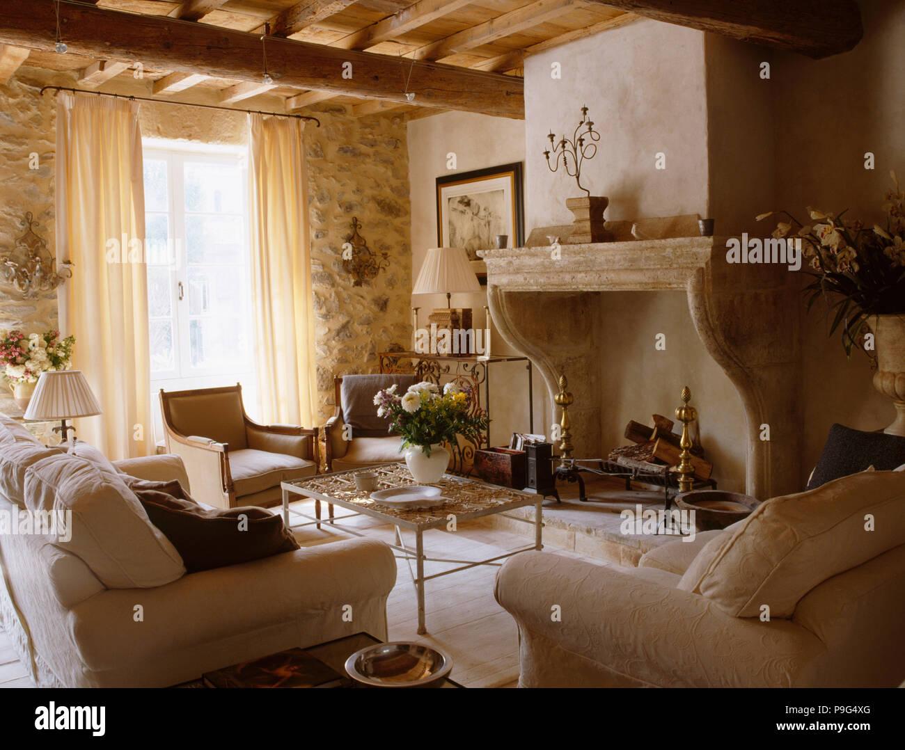 Divano Rosso Parete Tortora : Divano bianco e grigio awesome un divano letto la soluzione