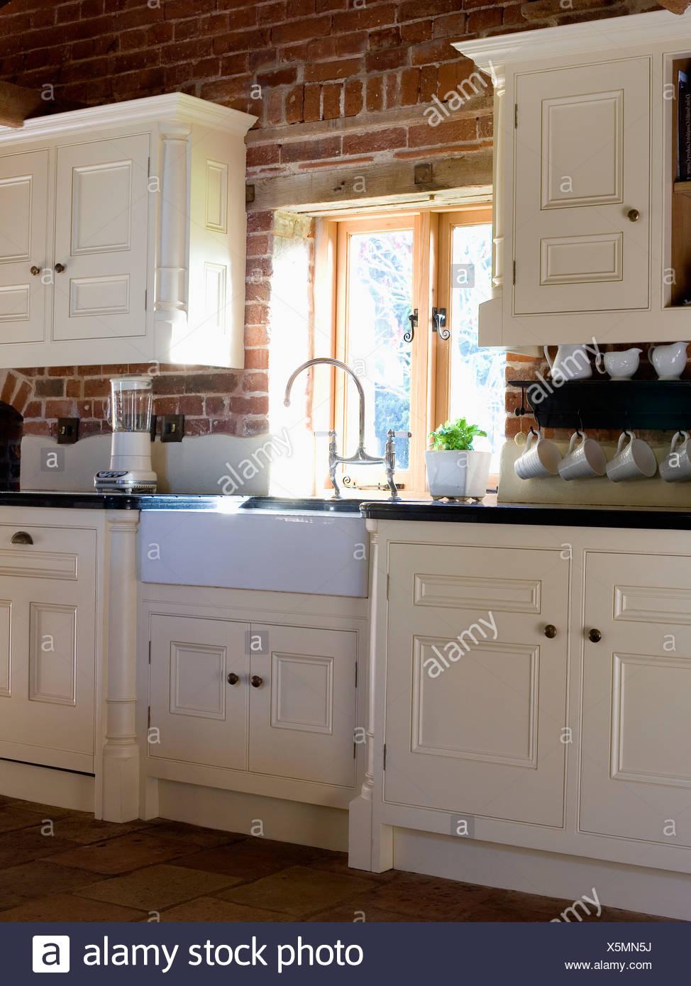 Cucina Con Lavello Sotto Finestra Design Per La Casa E