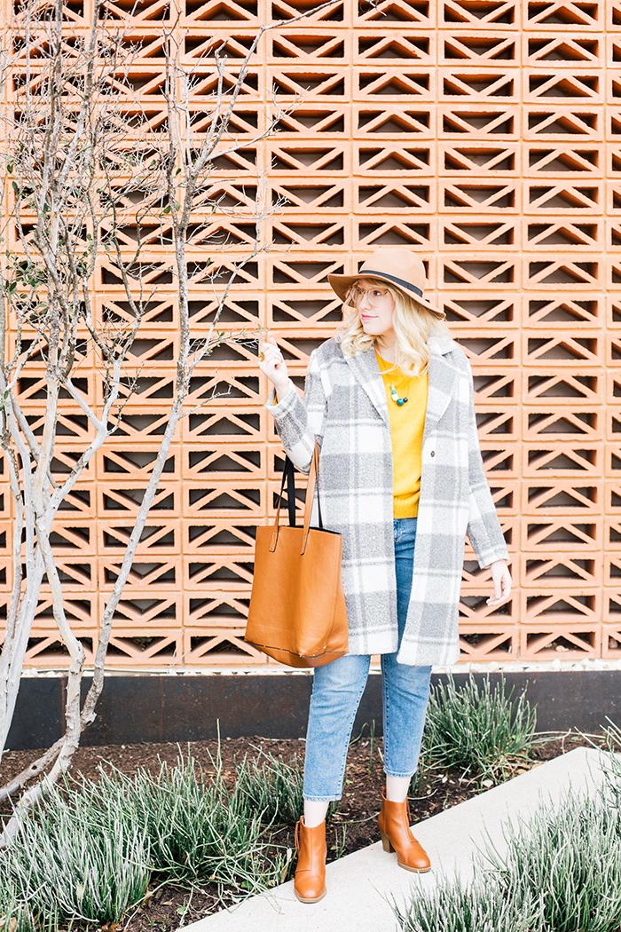 austin style blogger grey coat mustard sweater5