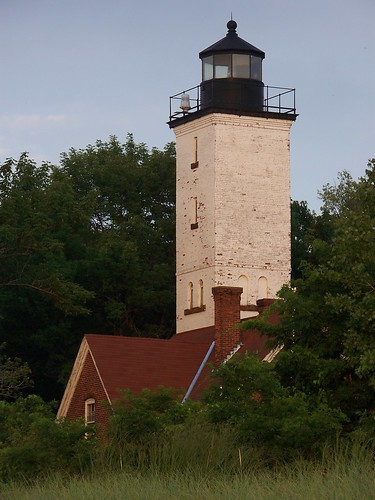Presque Isle Lighthouse Erie Pa Beautiful Lighthouse