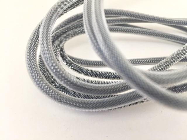 Présentation du cable Syncwire 2 mètres (MFI) - Vue texture nylon