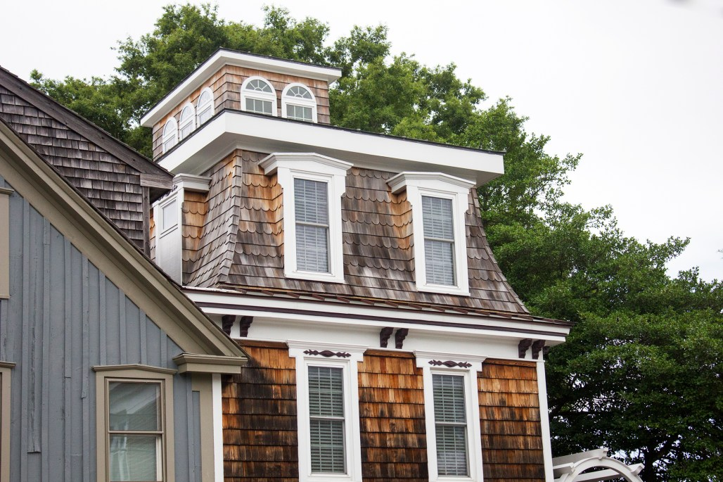 delaware-lewes-wooden-shingles-nautical