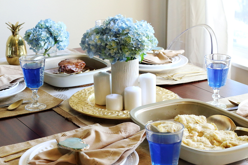 blue-gold-holiday-tablescape-9