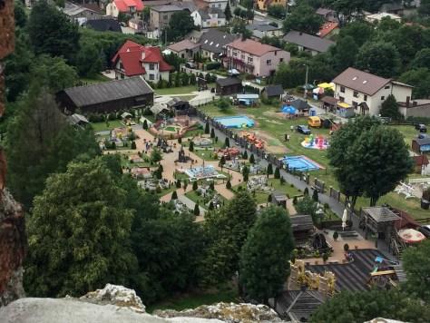 Miniatures seen from Ogrodzieniec Castle