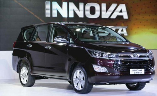 Review de la Toyota Innova Crysta