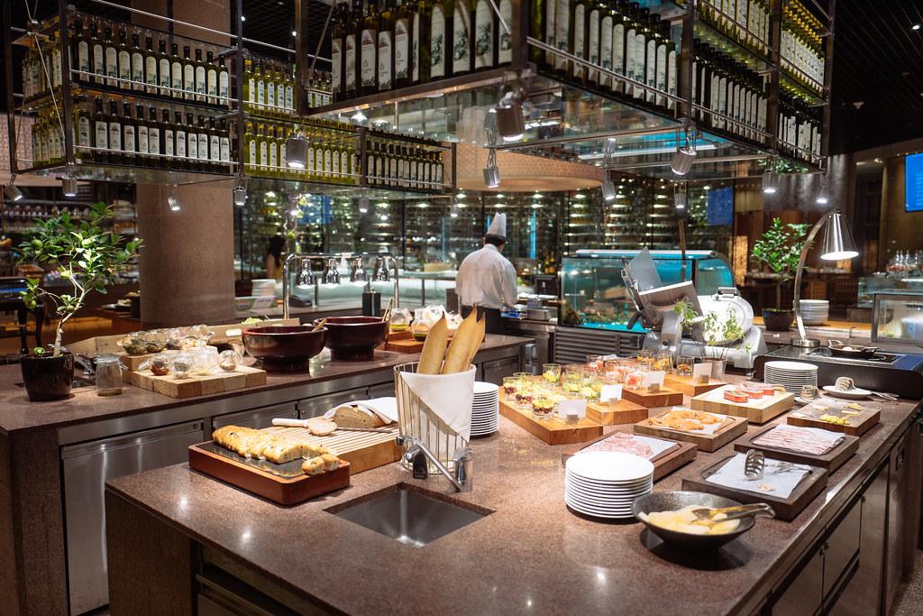 [澳門君悅] 現今澳門最強悍buffet - 與廚共饗在mezza9 Macau活龍蝦現點現作震撼五感體驗
