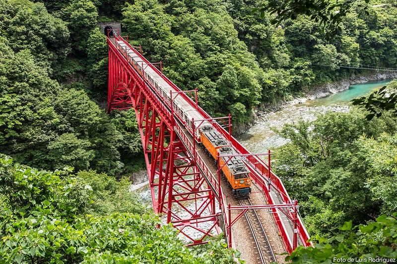 Tren-Kurobe-Gorge-23