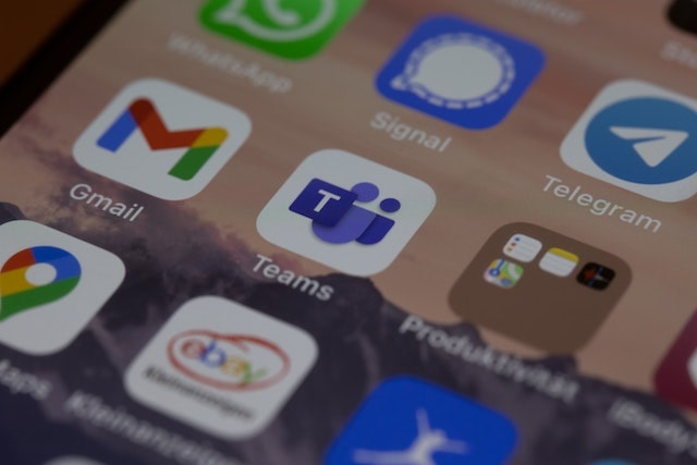 Microsoft Teams app icon on mobile phone home screen