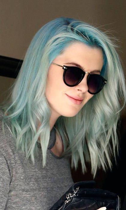 Amber Heard Pink Hair 10 Celebrities Who Rock Rainbow