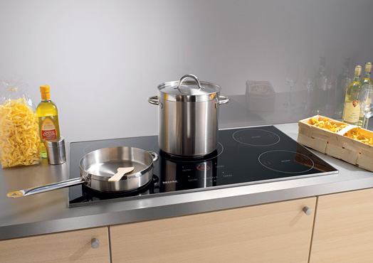 kitchen cooktops to go cabinets miele