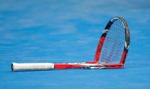 Tennis Traders Broken Racket