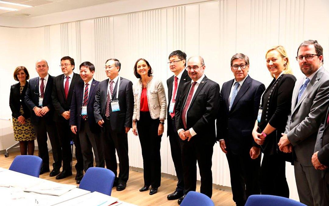 Aragón muestra sus potencialidades en materia de automoción ante empresarios chinos del sector de la movilidad eléctrica