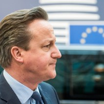 epa05216337 Britain's Prime Minister David Cameron arrives for a two-days European Union leaders summit in Brussels, Belgium, 17 March 2016. EU leaders on 17 and 18 March are to discuss a deal with Turkey that is aimed to tackle the migration crisis and curb migration into the bloc. EPA/STEPHANIE LECOCQ