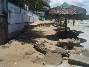 Playa frente Hotel Sans Souci
