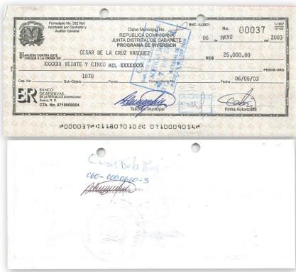 pago cheque a cesar de la cruz de RD 25,000 como segundo pago compra gallera por el ayuntamiento