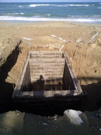 El septico en construccion en la playa de Cabarete